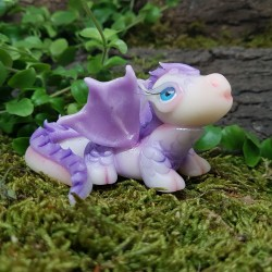 Dragón morado