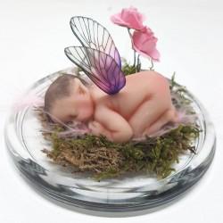 Bebe duende durmiendo